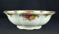 Royal Albert Old Country Roses Large Fruit / Salad Bowl 1st Quality VGC