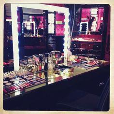 WeHeartIt: makeup vanity