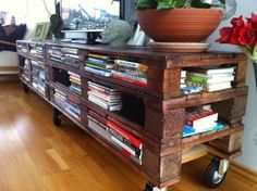 You can also build an Amazing DIY Pallet family entertainment center. A family entertainment center (or center), often abbreviated FEC in the entertainment Rack Pallet, Pallet Shelves, Diy Pallet, Bookshelf Ideas, Bookshelf Design, Pallet Ideas, Upcycled Furniture, Pallet Furniture, Home Furniture