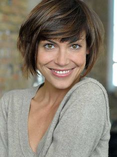 Simple Short Bob Hairstyles with Bangs