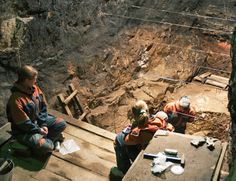 Toe bone DNA reveals Neanderthal interbreeding Robert Sanders-UC Berkeley Using DNA extracted from a woman's toe bone that dates back 50,000 years, scientists find evidence for a long history of interbreeding among at least four different types of early humans.