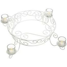 Candle holders aside, a cake stand in this style is so English Country Garden. #kimberlingray
