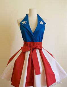 Adorable Captain America inspired apron!  I might have more of a desire to cook if I could wear this :)