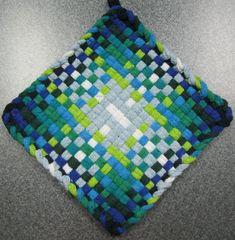Items similar to Spring Rain Woven Potholder on Etsy Potholder Loom, Crochet Potholder Patterns, Crochet Dishcloths, Loom Weaving, Fabric Weaving, Crochet Cozy, Crafts For Seniors, Weaving Patterns, Mug Rugs
