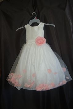 Adorable Flowergirl dress with by ForeverYoursbytracey on Etsy, $60.00