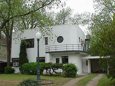 Art Deco House, Tulsa, Oklahoma...there are very cool houses in Tulsa
