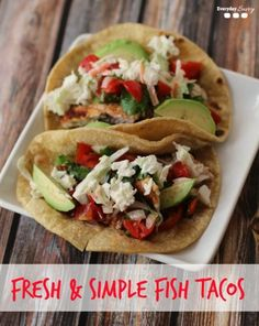 Fresh Easy Fish Tacos Recipe One of my absolute favorite foods is fish tacos. I often order them at restaurants but this fresh easy fish tacos recipe is great to make at home. It really is very simple to make but the fresh flavors are amazing! Fish Recipes, Seafood Recipes, Mexican Food Recipes, Dinner Recipes, Cooking Recipes, Healthy Recipes, Entree Recipes, Fish Dishes, Gourmet
