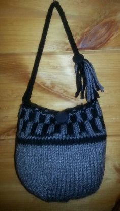 Hat turned out too small; made it a little purse instead.