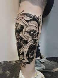 What does poseidon tattoo mean? We have poseidon tattoo ideas, designs, symbolism and we explain the meaning behind the tattoo. Posseidon Tattoo, God Tattoos, Body Art Tattoos, Tattoos For Guys, Tatoos, Unique Tattoos, Beautiful Tattoos, Blackwork, Greek God Tattoo