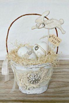 Vintage Easter Basket from Timewashed on Etsy