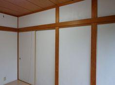 木目、柱、長押(なげし)と白のじゅらく壁は・・・似合いますね。