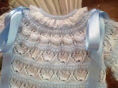 En lana, perlé y angora para bebé: Tutorial chaquetita bebé. Angora azul y perlé blanco Más Baby Knitting Patterns, Knitting For Kids, Lace Knitting, Crochet Patterns, Crochet Baby, Knit Crochet, Knit Baby Sweaters, Baby Layette, Lace Heart