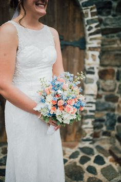 Wedding bouquet ideas | Wedding bouquet summer | Blue and orange wedding bouquet ideas | Spring bouquet ideas | Simple spring bouquet | New Jersey Wedding photographer | Tri-State wedding photographer | Laurel Creative