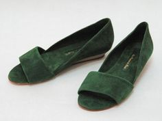les prairies de paris green suede open toe low wedge.