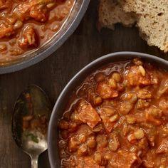 Sauce, Chorizo, Chana Masala, Crockpot, Chili, Breakfast Recipes, Bacon, Meals, Ethnic Recipes