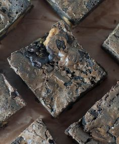 Peanut butter chunk brownies--they're rich, fudgy, chock full of peanut butter, and sure to satisfy any brownie craving.