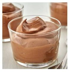 Pose your catering questions here White Chocolate Mousse, White Chocolate Cookies, Types Of Chocolate, How To Make Chocolate, Chocolate Chocolate, Healthy Chocolate, Russian Desserts, Ww Desserts, Vegan Hot Cross Buns