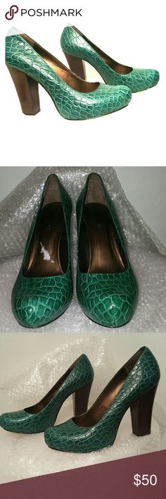 """DKNY Hina dark green platform size 10/41 4.5"""" brown stacked heel, 1"""" hidden platform. Padded footbed. Rubber sole. Size 10/41. Dark green mock croc leather upper. New without a box. DKNYC Shoes Platforms"""