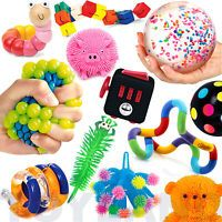 The images shown are for illustrative purpose to show the range of colours available, you will only receive the quantity of toys that you select. Easy Easter Crafts, Fun Diy Crafts, Preschool Crafts, Cerebral Palsy Toys, Toy Bow And Arrow, Pretty Slime, Figet Toys, Cool Fidget Toys, Construction For Kids