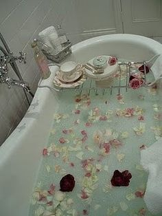 sweet valentines day idea!  ahem...imaginary boyfriend, are you listening?