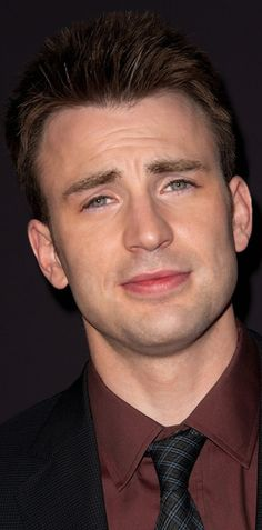 Chris Evans (Captain America)! <3