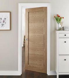 Single panelled modern door in light oak