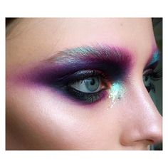 Inspiration Wednesday I LOVE colour when it's like this @tominamakeup