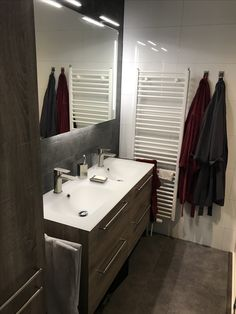 Bathroom; modern and with a nice ambiance