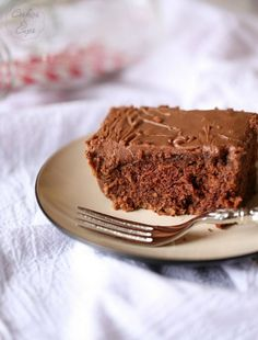 Sunday Chocolate Cake with Boiled Frosting   www.cookiesandcups.com
