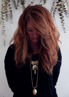 Deze 5 haarkleuren zijn perfect voor het najaar | NSMBL.nl | Strawberry brunette