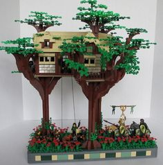 Having seen several ways to build Trees, I thought I would gather a few links together. If you want to help, just post a link or suggest new methods. Lego Tree House, Lego Village, Lego Boards, Lego Minecraft, Lego Lego, Lego Projects, Everything Is Awesome, Custom Lego, Lego Instructions
