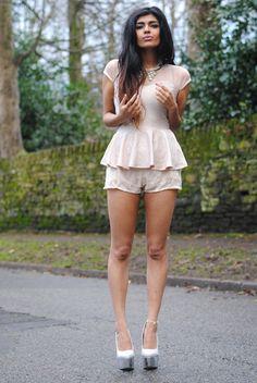 She Wears Fashion - Kavita Donkersley (ENG)