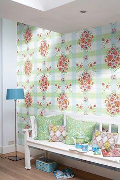 PiP Embroidery Groen behang