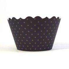 Black & White Cupcake Wrappers by Bella Cupcake Couturewww.bellacupcakecouture.com  $7.99 includes 12