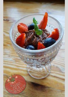 Krem czekoladowy z owocami Paleo, Acai Bowl, Breakfast, Food, Acai Berry Bowl, Morning Coffee, Essen, Beach Wrap, Meals