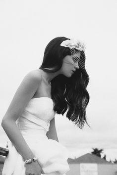 Cherubina  tocado  flores  novias  velo  bridal  headpiece  flowers 56cc7d435af