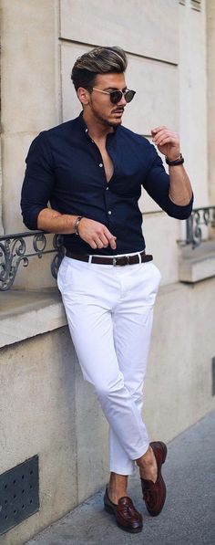 Minimalist Business Outfit Idea For Men You Can Take It 29 Mens Fashion Blog, Fashion Mode, Mens Fashion Suits, Mens Smart Summer Fashion, Fashion Menswear, Smart Casual Menswear Summer, Men's Casual Fashion, Preppy Fashion, Style Fashion