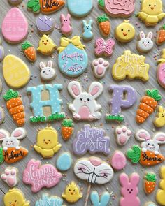 Decorated Easter cookies are such a cute addition to the Easter celebrations. Get some Easter cookie ideas here with bunny, eggs, and some Greek styles as well. Try to DIY some of these cookies at hom Easter Cupcakes, Easter Cookies, Holiday Cookies, Icing Cupcakes, Pretty Cupcakes, Easter Cake, Easter Food, Easter Brunch, Easter Party