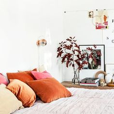 9 Neutral Interiors That Are Anything But Ordinary The Best of home interior in - Trending Tips For Interior Design Girls Bedroom, Home Bedroom, Bedroom Decor, Bedroom Ideas, Modern Bedroom, Bedding Decor, Chic Bedding, Decor Pillows, Unique Bedding