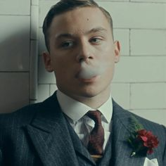 Finn Cole as Michael Gray in Peaky Blinders Avatar 3d, Keith Richards, Michael Peaky Blinders, Series Movies, Tv Series, Finn Cole, Red Right Hand, Cillian Murphy, Movies Showing