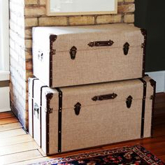 Add unique vintage charm to any space with the Linen Nesting Trunks. These trunks are great for decoration or storage, and feature a cool look that will blend well with any decor.