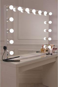 Makeup Vanity Lighting, Makeup Table Vanity, Vanity Room, Makeup Light, Makeup Vanities, Ikea Vanity, Vanity Tables, Vanity Bar, Vanity Drawers