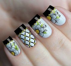 Claire's Nails, Cute Nails, Pretty Nails, Latest Nail Designs, Nail Art Designs, Crush Signs, Budget Template, Girl Tips, Flower Doodles