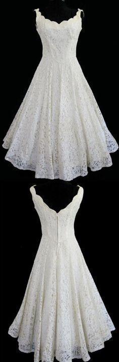 short lace beach wedding dresses, elegant vintage wedding dresses, simple wedding dresses #vintageweddingdresses #shortweddingdresses #beachweddingdresses