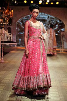 PCJ Delhi Couture Week 2012 - Manish Malhotra - Fashion Blog - For All Things Beautiful - The Purple Window