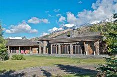 Dennis Quaid Lists His Montana Ranch (PHOTOS)