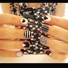 Estilo de uñas para este domingo. ¡Intentalas! Nada mejor que tener unas uñas hermosas y originales.