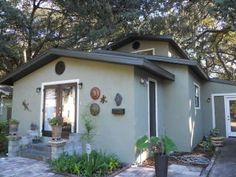 Groovy Remodeled Home in Old Seminole Heights! 3 Hamilton Heath Drive, Tampa FL