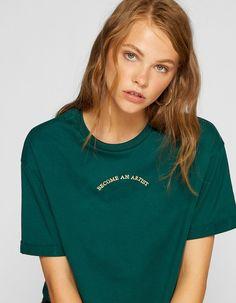 Flocked cropped T-shirt - T-shirts Simple Shirt Design, New T Shirt Design, Shirt Print Design, Simple Shirts, Tee Shirt Designs, Tee Design, Cool T Shirts, Blouses For Women, T Shirts For Women