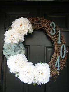 DIY: Front Door Wreaths | fabuloushomeblog.comfabuloushomeblog.com